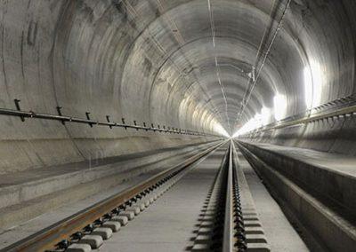 تونل ۵۷ کیلومتری زیر کوه های آلپ