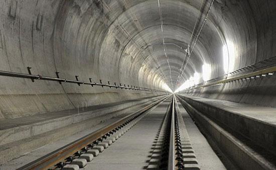 """تونل """"سن گوتارد"""" به طول ۵۷ کیلومتر طولانی ترین تونل قطار در جهان"""