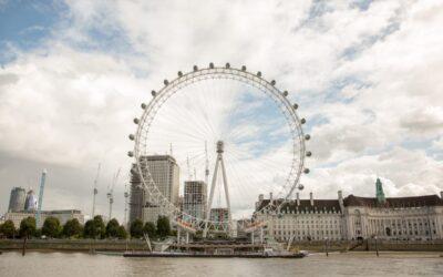 چرخ و فلک چشم لندن London Eye